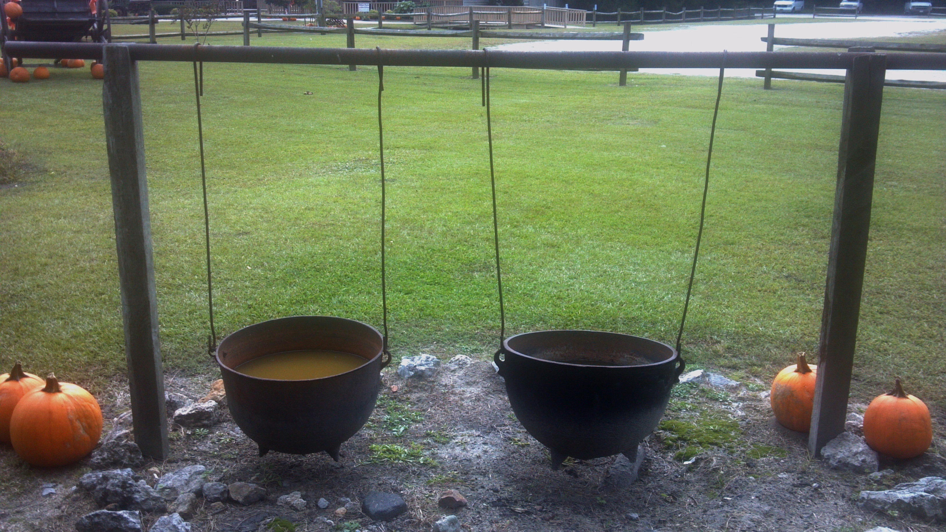 WASH POTS (PHOTO BY PASTOR DAVIS)