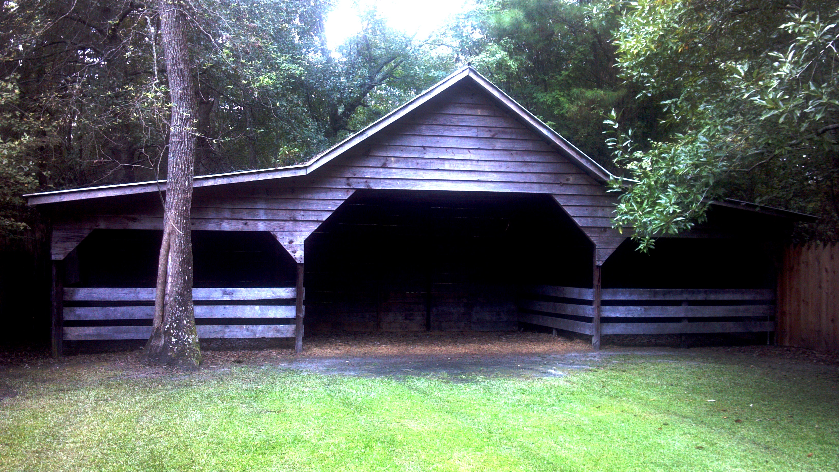 THE FEED BARN (PHOTO BY PASTOR DAVIS)